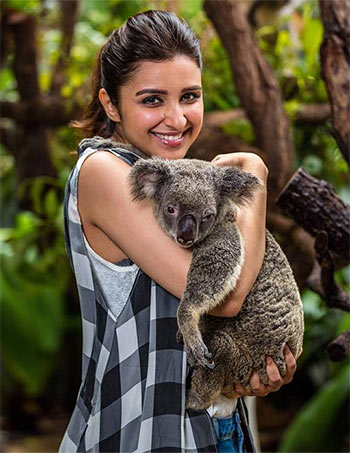 Current Bollywood News & Movies - Indian Movie Reviews, Hindi Music & Gossip - PIX: Parineeti's Australian holiday