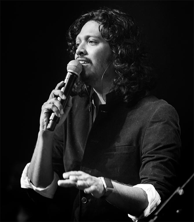 Singing is like acting; you are performing a song :    Nakash Aziz, singer-composer