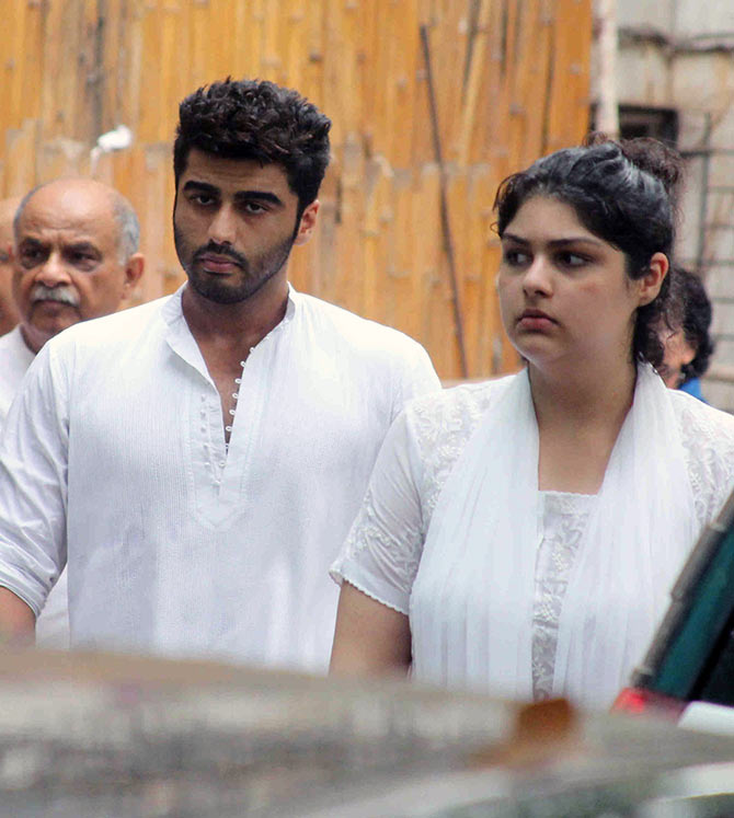 Current Bollywood News & Movies - Indian Movie Reviews, Hindi Music & Gossip - PIX: Arjun Kapoor bids goodbye to his maternal grandmother