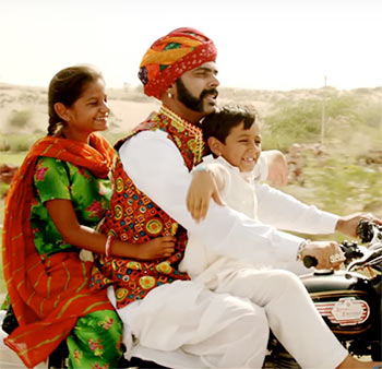 Current Bollywood News & Movies - Indian Movie Reviews, Hindi Music & Gossip - Dhanak Review: A heart-warming tale of love and hope