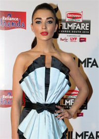 Current Bollywood News & Movies - Indian Movie Reviews, Hindi Music & Gossip - PIX: Amy Jackson, Tamannaah Bhatia at 63rd South Filmfare awards