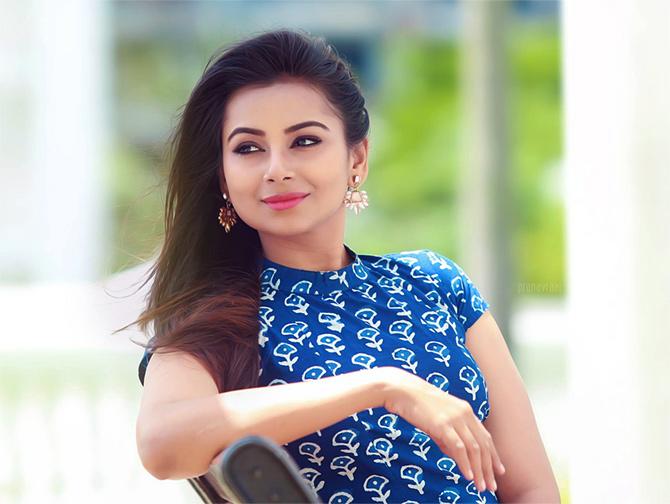 Current Bollywood News & Movies - Indian Movie Reviews, Hindi Music & Gossip - Mrudula Murali to make her Bollywood debut