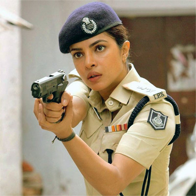 Current Bollywood News & Movies - Indian Movie Reviews, Hindi Music & Gossip - 'Priyanka probably has 48 hours in her day!'