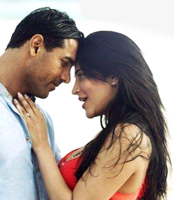 John Abraham and Shruti Haasan in Rocky Handsome