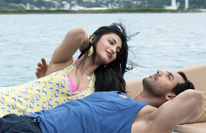 Shruti Haasan and John Abraham