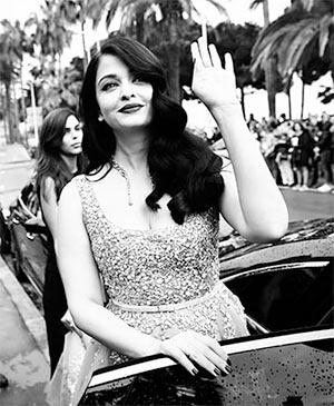 Current Bollywood News & Movies - Indian Movie Reviews, Hindi Music & Gossip - CANDID PIX: Aishwarya Rai at Cannes 2016