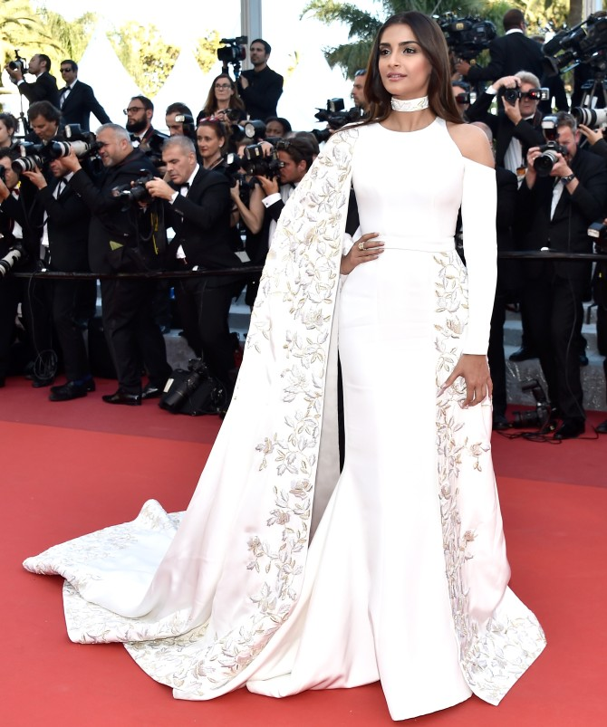 cannes 2016 sonam kapoor dazzles in white rediffcom