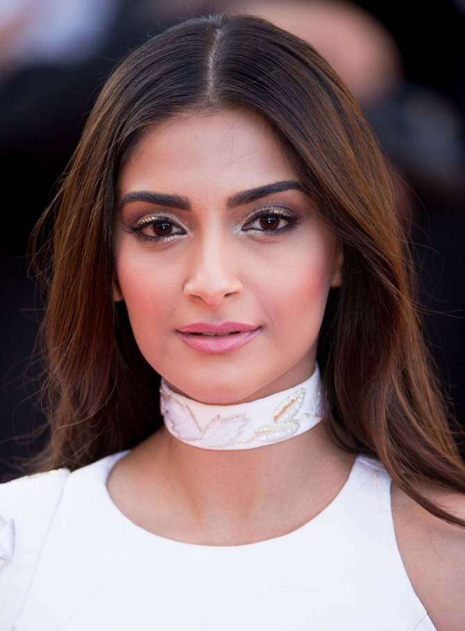 sonam kapoor to enter hollywood rediffcom movies