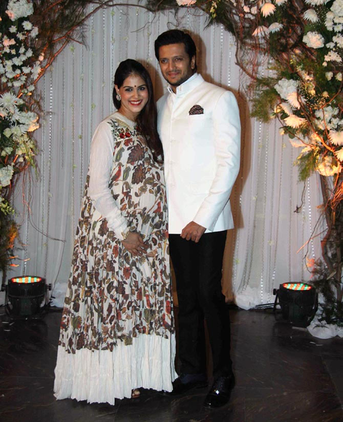 Shahid kapoor and genelia d souza dating