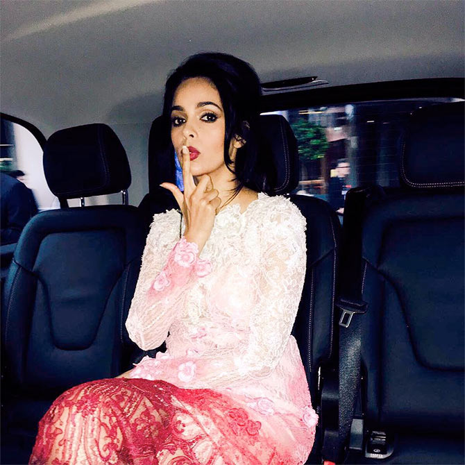 Current Bollywood News & Movies - Indian Movie Reviews, Hindi Music & Gossip - Cannes 2016: Mallika Sherawat attends UNICEF Gala