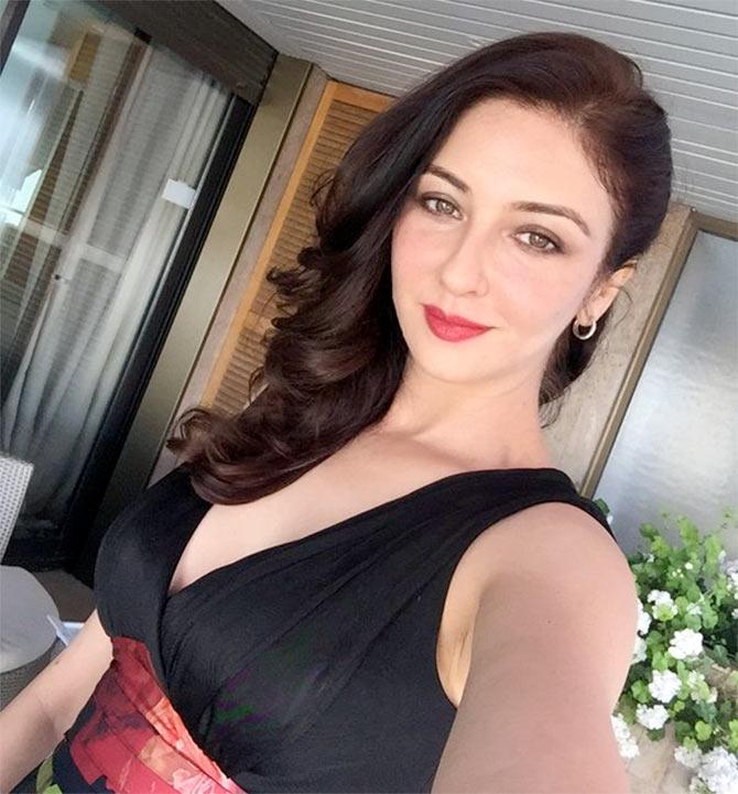 Current Bollywood News & Movies - Indian Movie Reviews, Hindi Music & Gossip - PIX: Bhabiji Ghar Par Hai actress Saumya Tandon in Cannes