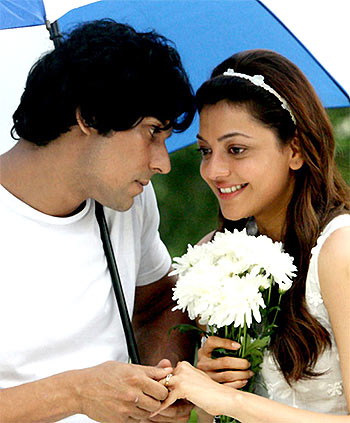 Randeep Kapoor and Kajal Agarwal in Do Lafzon Ki Kahani