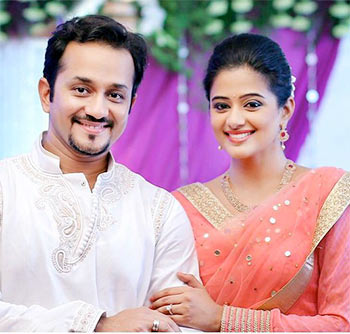 Current Bollywood News & Movies - Indian Movie Reviews, Hindi Music & Gossip - Priyamani gets trolled after engagement announcement