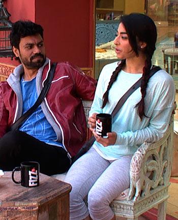 Current Bollywood News & Movies - Indian Movie Reviews, Hindi Music & Gossip - Bigg Boss 10: Is Bani interested in Gaurav?