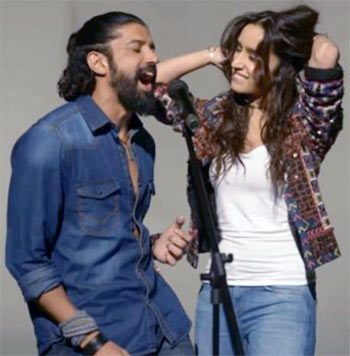 Current Bollywood News & Movies - Indian Movie Reviews, Hindi Music & Gossip - Review: Rock On 2 is staggeringly dull!