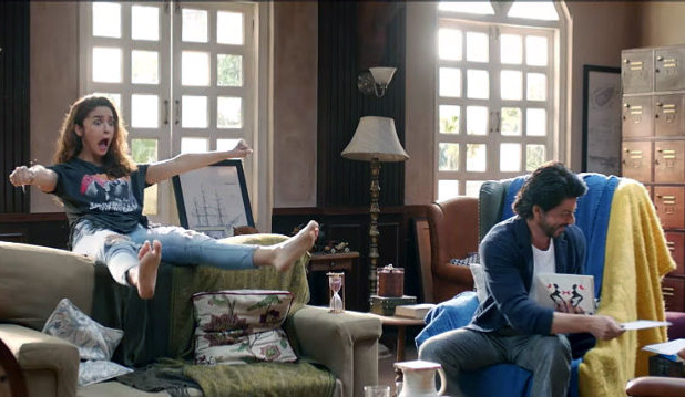 IMAGE: Alia Bhatt and Shah Rukh Khan in Dear Zindagi