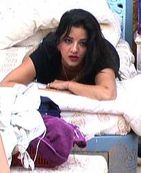 Current Bollywood News & Movies - Indian Movie Reviews, Hindi Music & Gossip - Bigg Boss 10:  Mona ko gussa kyon aata hai?