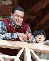 Current Bollywood News & Movies - Indian Movie Reviews, Hindi Music & Gossip - PIX: Salman Khan shoots for Tubelight