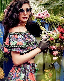 Current Bollywood News & Movies - Indian Movie Reviews, Hindi Music & Gossip - PIX: Nargis goes floral in her latest photoshoot
