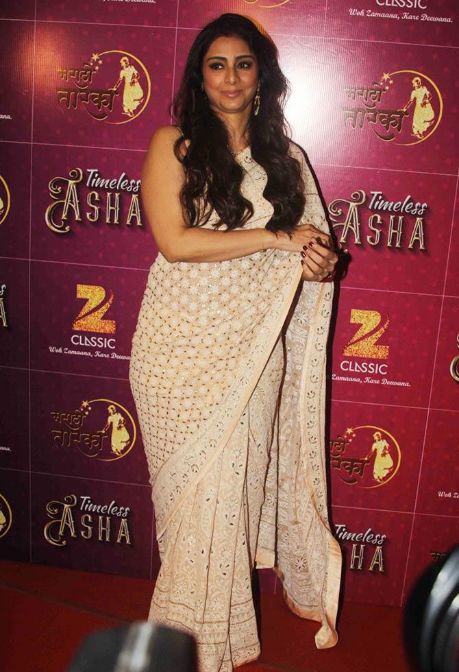 PIX: Tabu, Jaya Prada, Zeenat Aman cheer Asha Bhosle