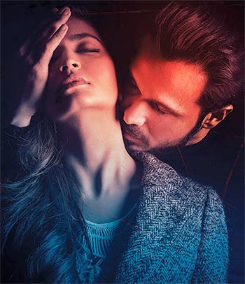 Current Bollywood News & Movies - Indian Movie Reviews, Hindi Music & Gossip - Review: Raaz Reboot has nothing new to offer