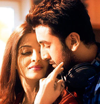 Current Bollywood News & Movies - Indian Movie Reviews, Hindi Music & Gossip - Like Ranbir-Aishwarya's chemistry in Bulleya? VOTE!