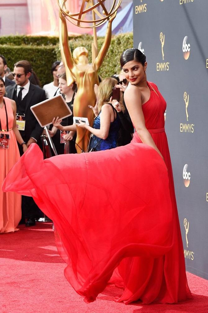 Current Bollywood News & Movies - Indian Movie Reviews, Hindi Music & Gossip - Emmy 2016: Priyanka Chopra dazzles in red