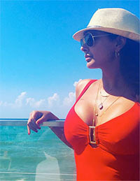 Current Bollywood News & Movies - Indian Movie Reviews, Hindi Music & Gossip - PIX: Lisa Ray's LOVELY Lebanon holiday