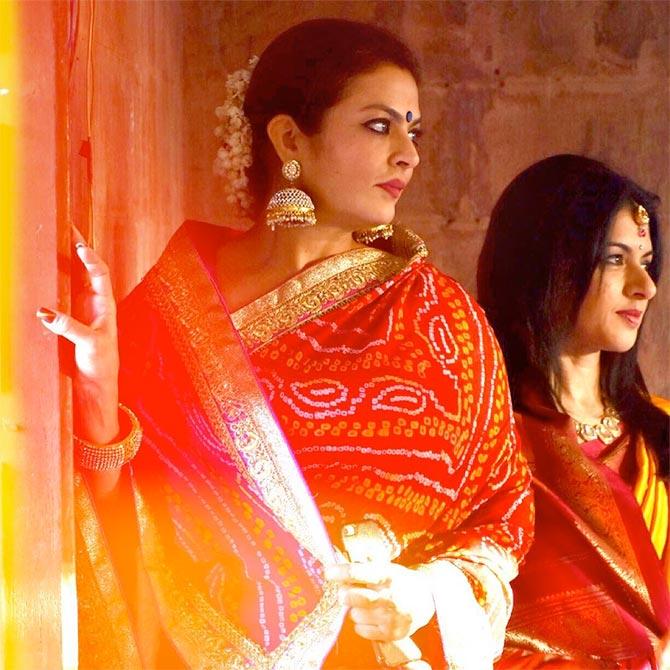 Current Bollywood News & Movies - Indian Movie Reviews, Hindi Music & Gossip - Sharing Salman Khan!