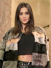 Current Bollywood News & Movies - Indian Movie Reviews, Hindi Music & Gossip - Amy Jackson attends London Fashion Week
