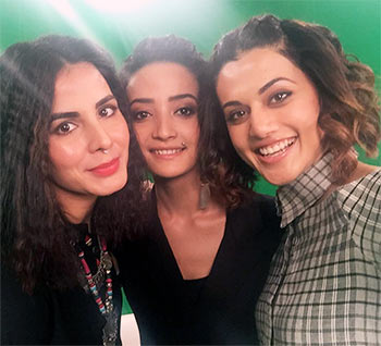 Current Bollywood News & Movies - Indian Movie Reviews, Hindi Music & Gossip - Chat with PINK girls Taapsee, Kirti, Andrea, RIGHT HERE!