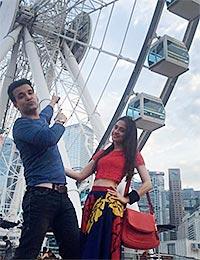 Current Bollywood News & Movies - Indian Movie Reviews, Hindi Music & Gossip - PIX: Aamir-Sanjeeda's fun Hong Kong holiday