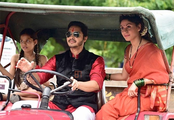 Shreyas Talpade and Manjari Phadnis