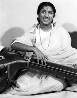Current Bollywood News & Movies - Indian Movie Reviews, Hindi Music & Gossip - 10 facts you should know about Lata Mangeshkar