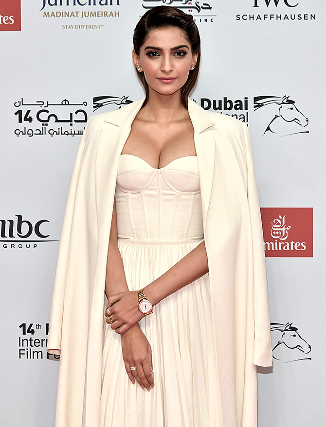 Like Sonam S Bold Look In Dubai Vote Rediff Com Movies