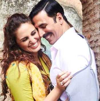 Current Bollywood News & Movies - Indian Movie Reviews, Hindi Music & Gossip - Jolly LLB 2 Review: Akshay does complete justice!
