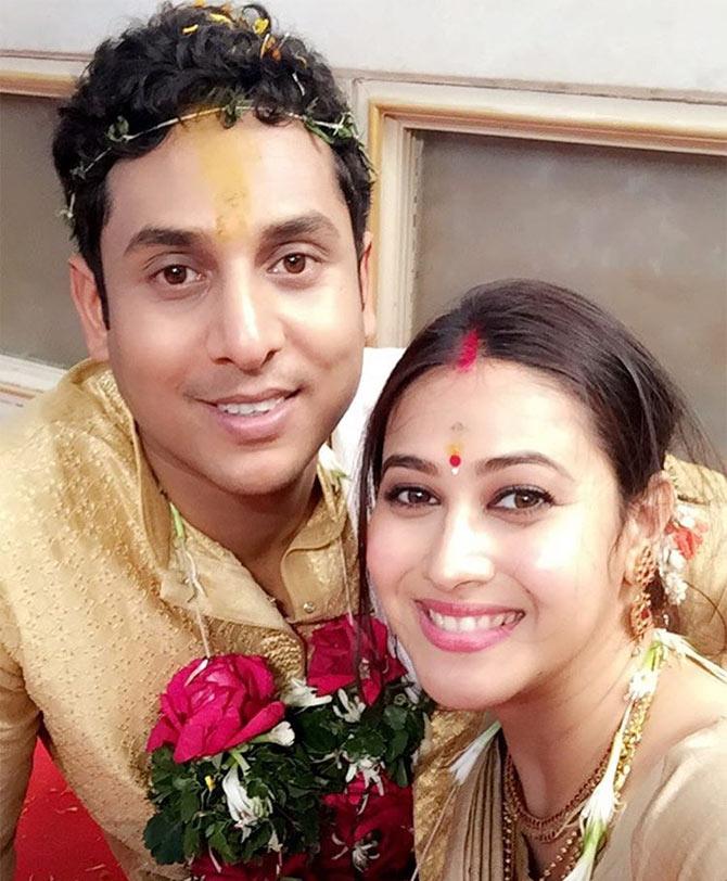 Current Bollywood News & Movies - Indian Movie Reviews, Hindi Music & Gossip - PIX: Kayamath actress Panchi Bora weds