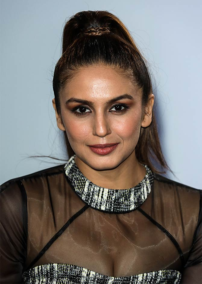Current Bollywood News & Movies - Indian Movie Reviews, Hindi Music & Gossip - PIX: Huma Qureshi takes Viceroy's House to London
