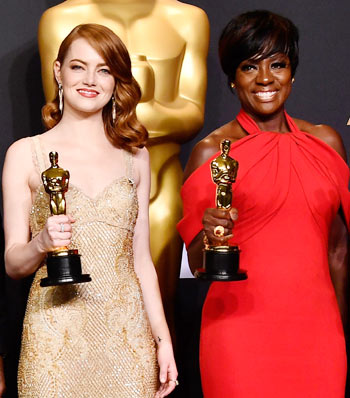 Emma Stone and Viola Davis win Oscars