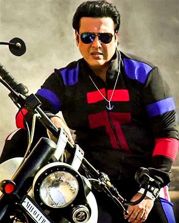 Current Bollywood News & Movies - Indian Movie Reviews, Hindi Music & Gossip - Review: Govinda's Zero No 1 act in Aa Gaya Hero