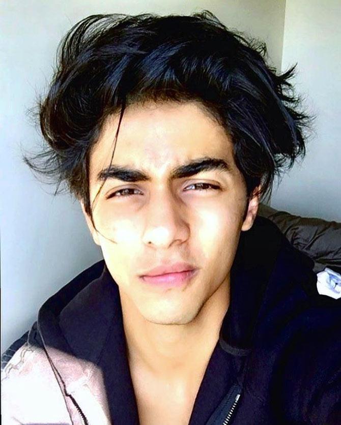 Current Bollywood News & Movies - Indian Movie Reviews, Hindi Music & Gossip - Meet Shah Rukh Khan's son, Aryan