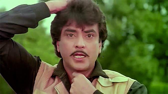 Current Bollywood News & Movies - Indian Movie Reviews, Hindi Music & Gossip - A super filmi week with Anushka, Kangana and Jeetendra!