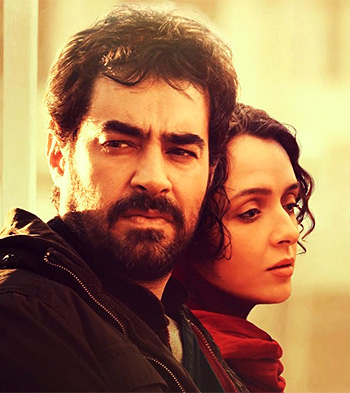 Current Bollywood News & Movies - Indian Movie Reviews, Hindi Music & Gossip - Review: The Salesman inspires awe!