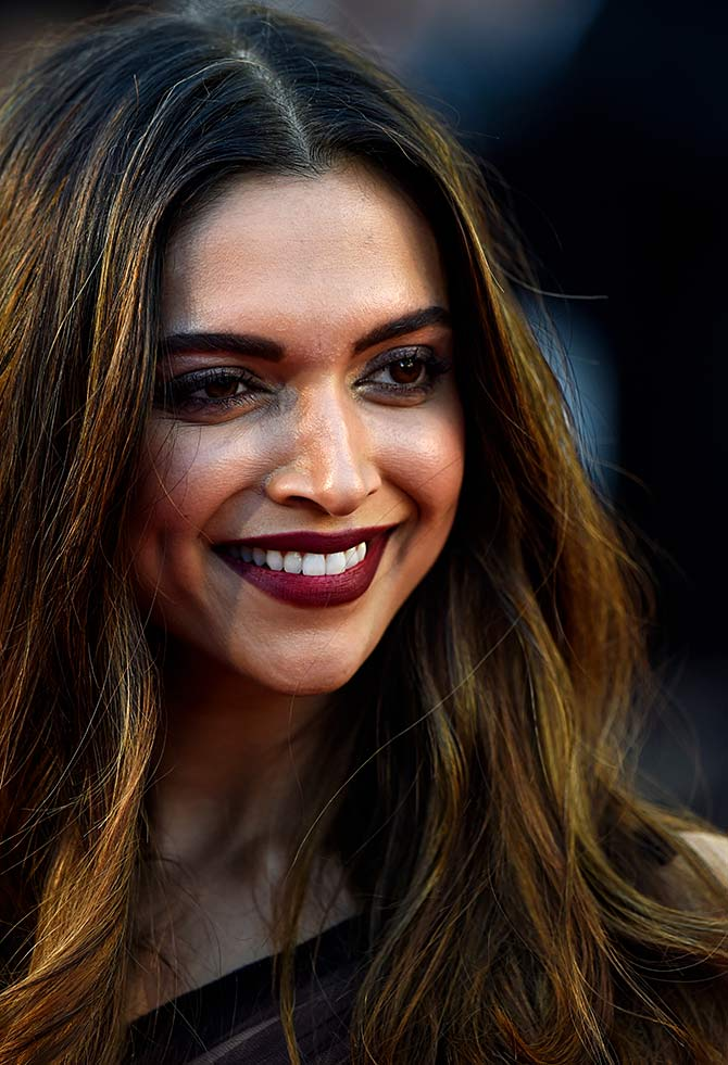Current Bollywood News & Movies - Indian Movie Reviews, Hindi Music & Gossip - Are you ready for Deepika at Cannes?
