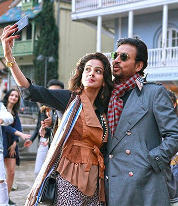 Current Bollywood News & Movies - Indian Movie Reviews, Hindi Music & Gossip - Review: Hindi Medium is a fascinatingly frustrating film