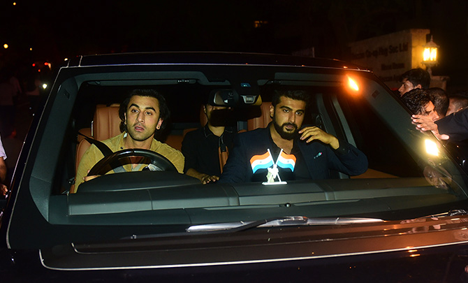 Ranbir Kapoor believes in the seat belt rule.