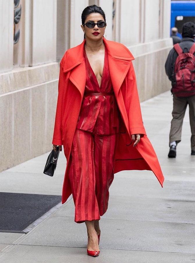 9e0be304d405 Priyanka Chopra s SEXY Street Style! - Rediff.com Movies