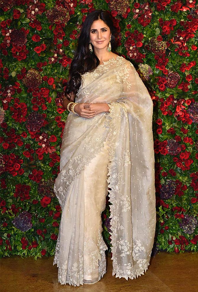 Current Bollywood News & Movies - Indian Movie Reviews, Hindi Music & Gossip - PIX: Katrina, Shah Rukh, Anushka dazzle at DeepVeer's reception