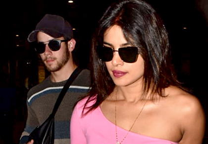 Priyanka and Nick back to pavilion!