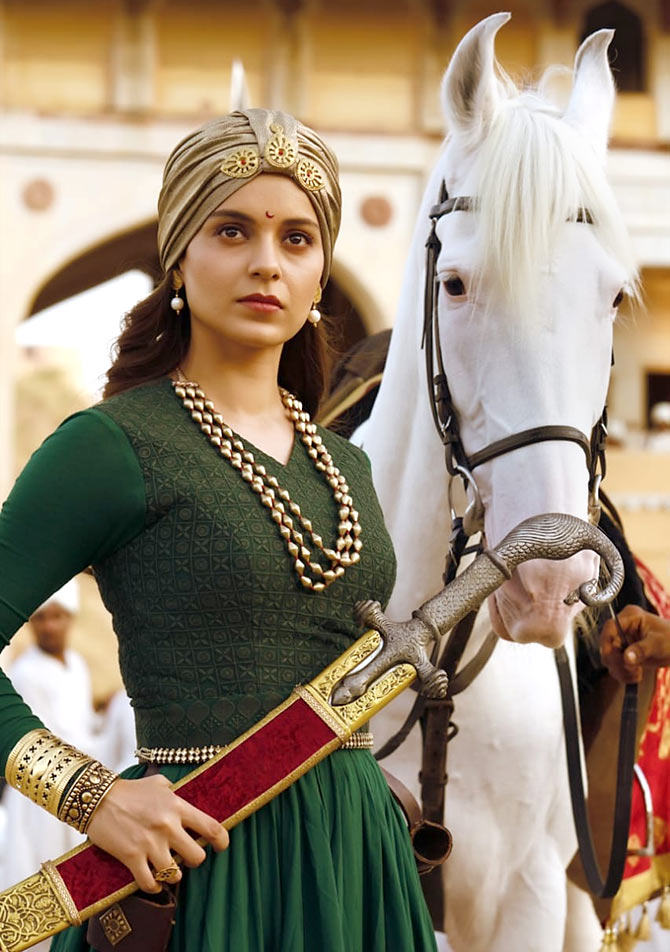 Trailer Review Kangana Impresses In Manikarnika The Queen Of